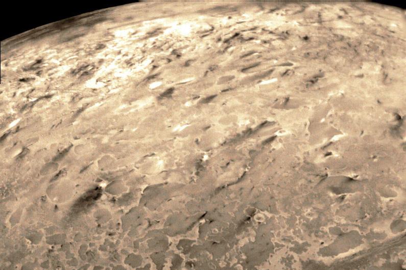 Triton Neptune S Satellite Unusual Moon Dwarf Planet