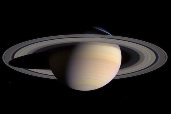 Saturn in natural color by Cassini-Huygens